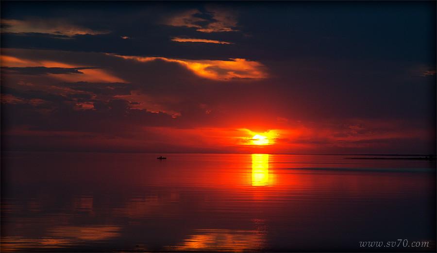 Закат на Зайсане