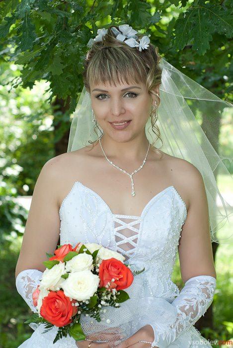 Дружка, подружка и невеста.