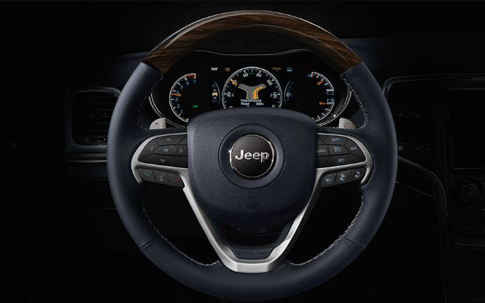 14-2014-grand-cherokee-steering-wheel-instrument-cluster_med