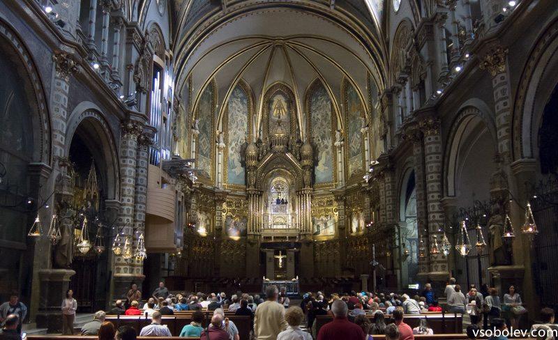 Монастырь изнутри