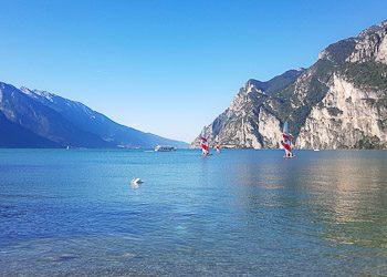 Озеро Гарда и город Рива-дель-Гарда, Италия 2018
