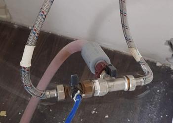 Кошмар водопроводчика. Ремонт продолжается.