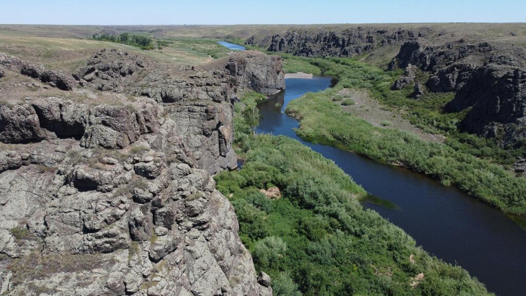 Каньон Бестобе  (селетинские каньоны) возле Нур-Султана