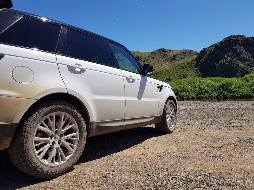 285/50/R20 на Range Rover Sport